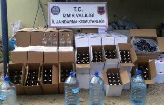 İzmir'de kaçak içki operasyonu