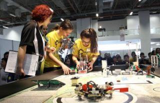 İzmir'de robotlar yarışacak
