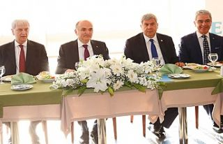 İzmir'e 'Teknoloji Üssü Şirketi'...
