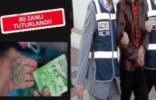 İzmir'de zehir tacirlerine ağır darbe!
