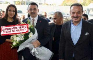 Bakan Pakdemirli, AK Parti İzmir'i ziyaret etti