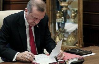 İzmir'deki o üniversitenin rektörü değişti!