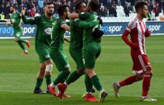 Akhisarspor 3 puanla bitirmek istiyor