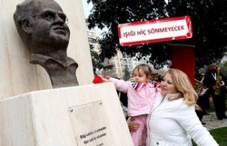 Mumcu ve demokrasi şehitleri Karşıyaka'da...