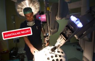 Geleceğin robotik cerrahları Ege'de