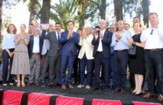 CHP İzmir örgütünde 'seçim' sevinci
