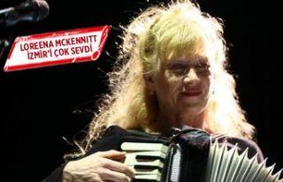 Loreena Mckennitt, İzmirli hayranlarıyla buluştu