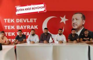 AK Parti'den o istifalara yalanlama