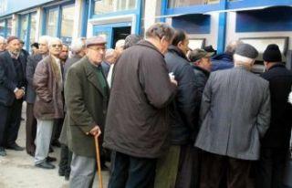 CHP'den emeklileri sevindirecek yeni kanun teklifi