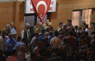 PKK'lı teröristler kaçırdıkları iki çobanı...