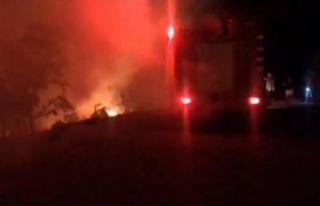 Foça'da 1 hektar makilik alan yandı