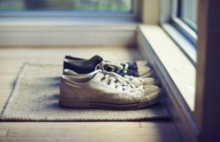 Koronavirüs salgınında ayakkabı ve terlik temizliğine...