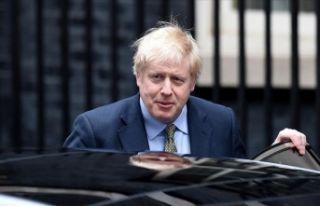 Başbakan Johnson yoğun bakıma alındı