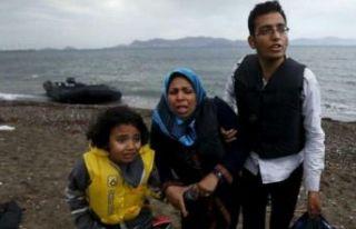 Yunanistan: 1450 mülteciyi Türkiye'ye geri göndermeye...
