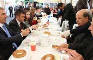 Karşıyaka'da Kahvaltı Şöleni