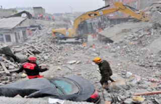 Depremden Sonra Bir İlk