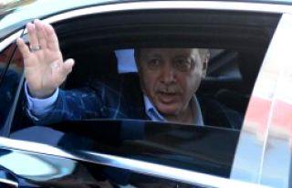 Cumhurbaşkanı Erdoğan Yakınını Ziyaret Etti