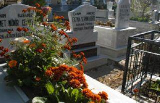Mezarlara Araç Girmeyecek
