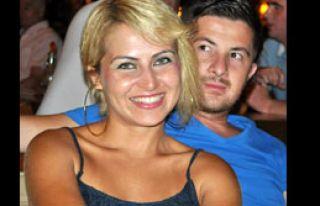Polis Memuru Boşanmak İsteyen Eşini Öldürdü