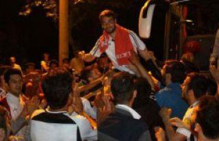 Manisaspor'a Şampiyon Karşılaması