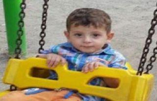 Komşu Evde 3'üncü Kattan Düşen Çocuk Öldü