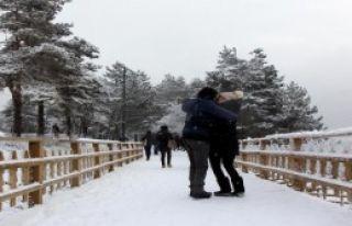 Abant'ta Kar Güzelliği