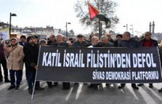 Abd'ye Mahzun Türküsüyle Protesto