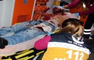 Afganistan Uyruklu Genç Bıçaklandı