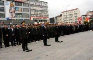Atatürk Van'da Törenle Anıldı