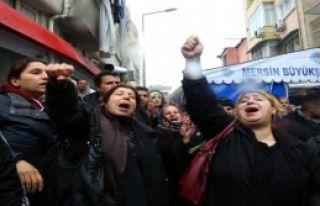 Özgecan'ın Ailesine Taziye Sonrası Protesto