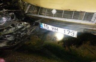 Balıkesir'de Kaza: 4 Ölü 3 Yaralı