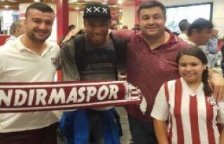 Bandırmaspor Brezilyalı Silva'yı Getirdi