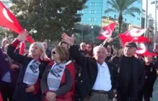 Anma Töreninde Protesto
