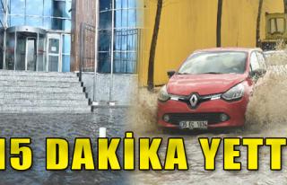 Sağanak İzmir'i Vurdu