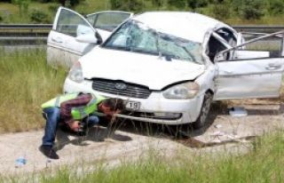 Bolu'da Otomobil Takla Attı
