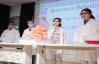 Bornova'da Eğitim Desteği 15 Bine Çıkıyor