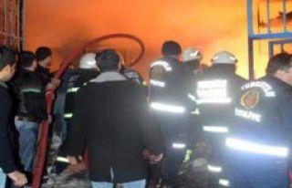 Yedek Parça Dükkanında Yangın