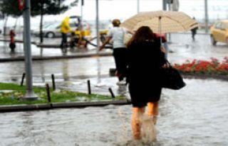 Yağışlar Olumsuz Etkiledi