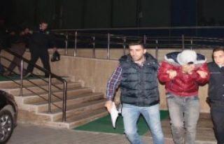 Cep Telefonu Hırsızlığına 2 Tutuklama