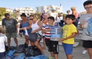 Datça'da İzmaritsiz Sahil Kampanyası