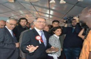 Efkan Ala, Yöresel Lezzetler Fuarı'nda Konuştu