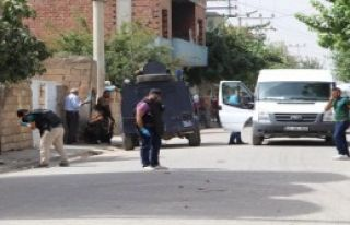 Ellerinde Bomba Patlayan 2 Çocuk Yaralandı