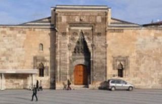 İlim Ve Kültür Merkezi Olacak