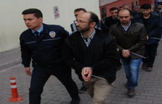 FETÖ'nün 26 Mahrem İmamı Tutuklandı