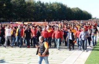 Galatasaray Ata'nın Huzurunda