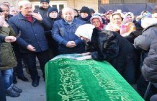 Gizem'in Cenazesinde Göz Yaşları Sel Oldu