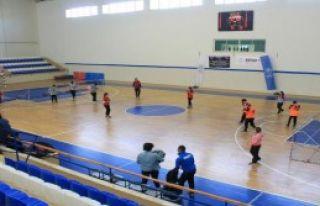 Şampiyon Yenimahalle Belediyespor