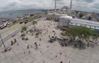 Halk Sandığa Gittiği Meydanlar Boş Kaldı