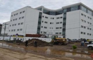 Hastaneyi Su Bastı