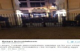 Hollanda Başkonsolosu: Türk Göstericiler Bizi Komşularımızla...
